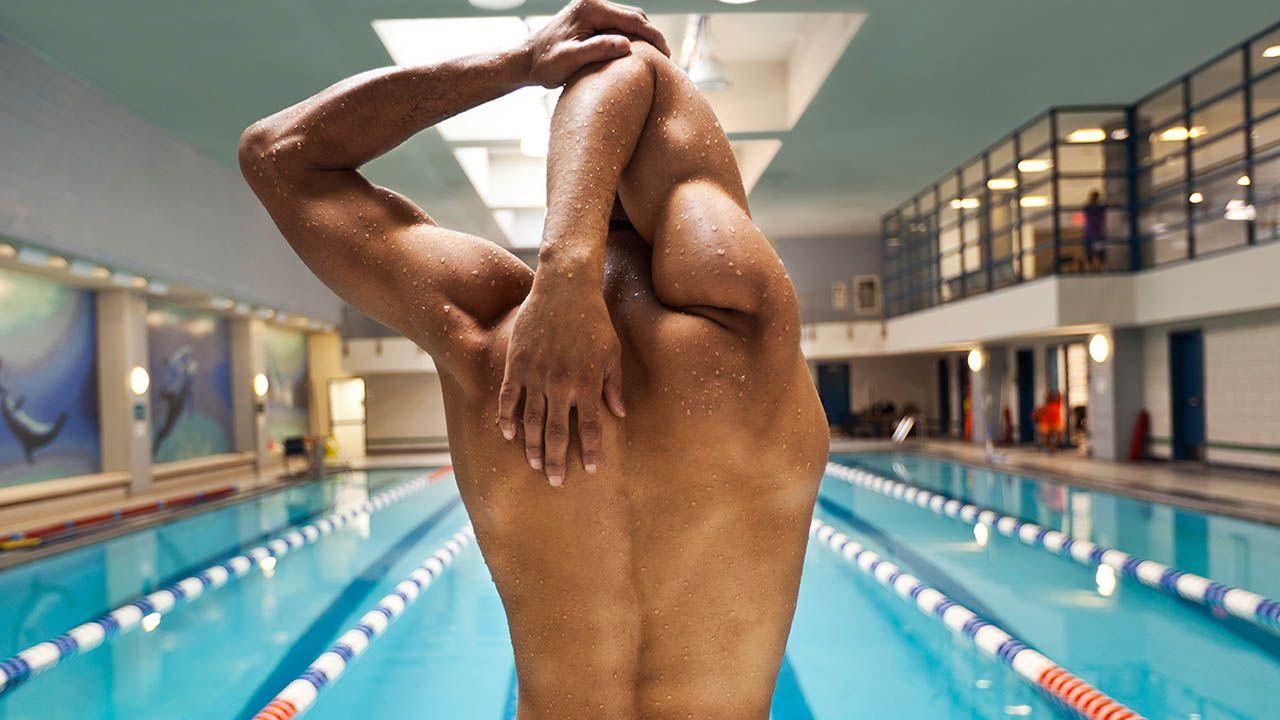 Qué músculos se ejercitan con la natación