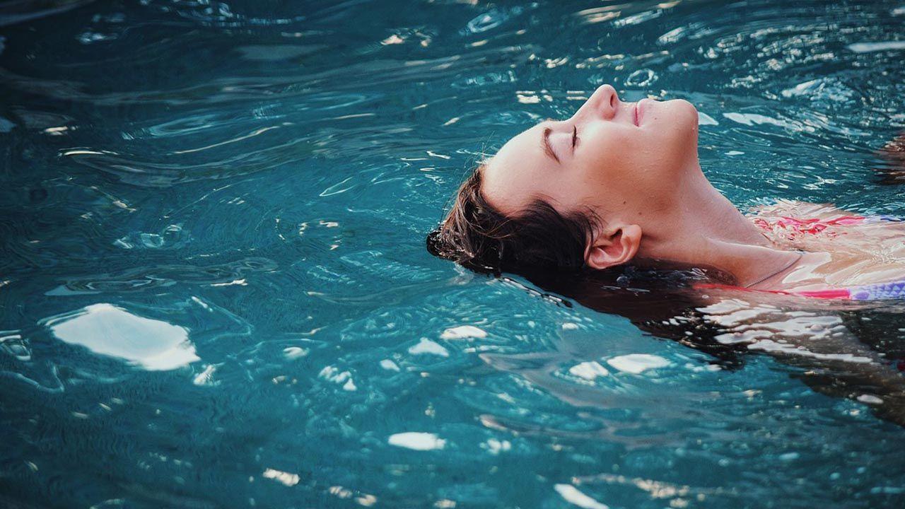 temperatura ideal del agua para nadar 2