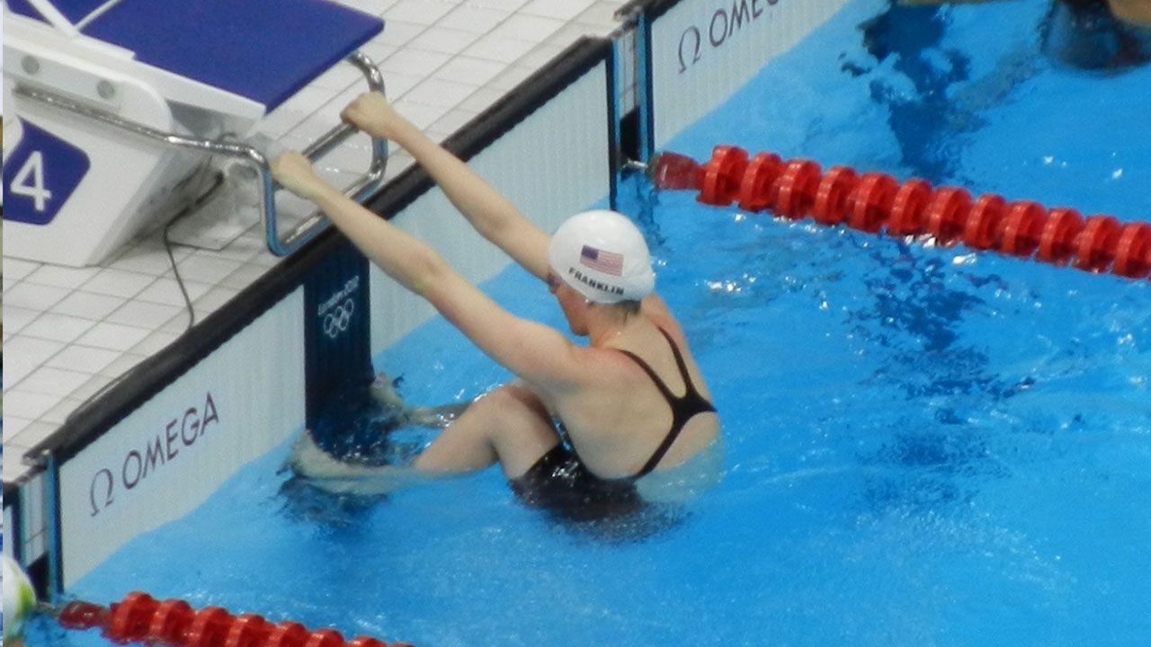 salida de espalda en natacion