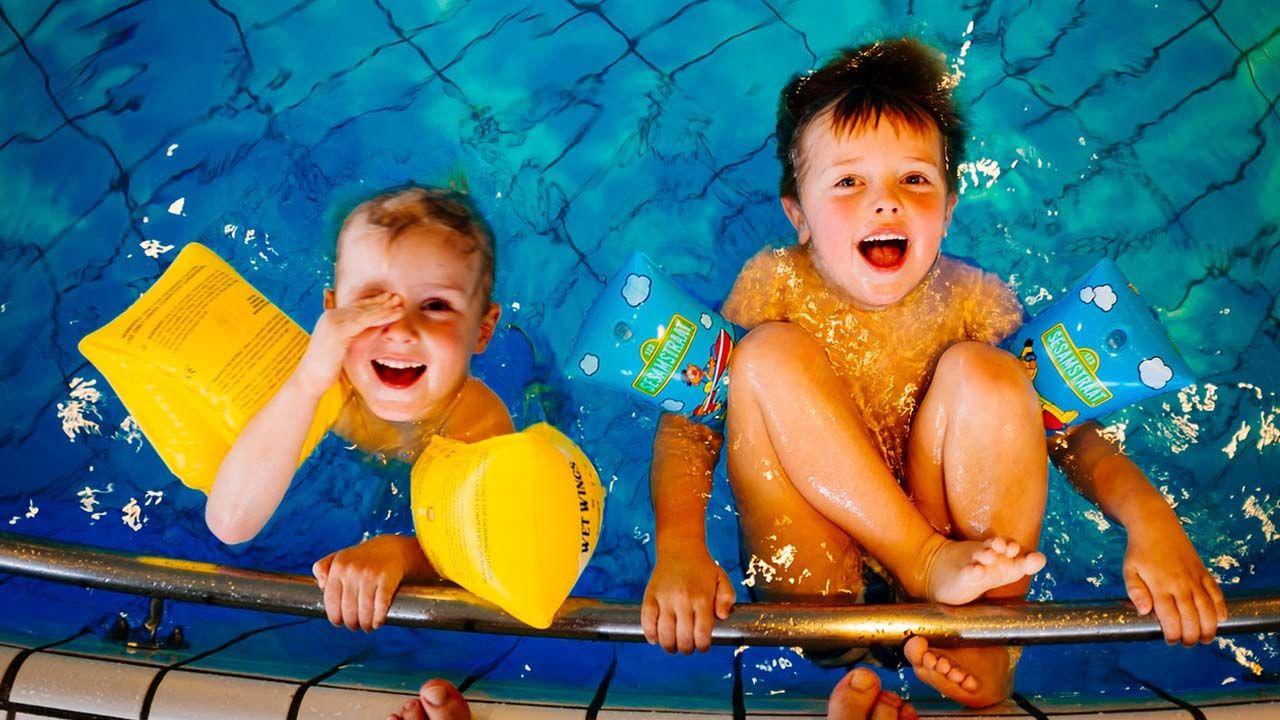 ejercicios de natacion para niños