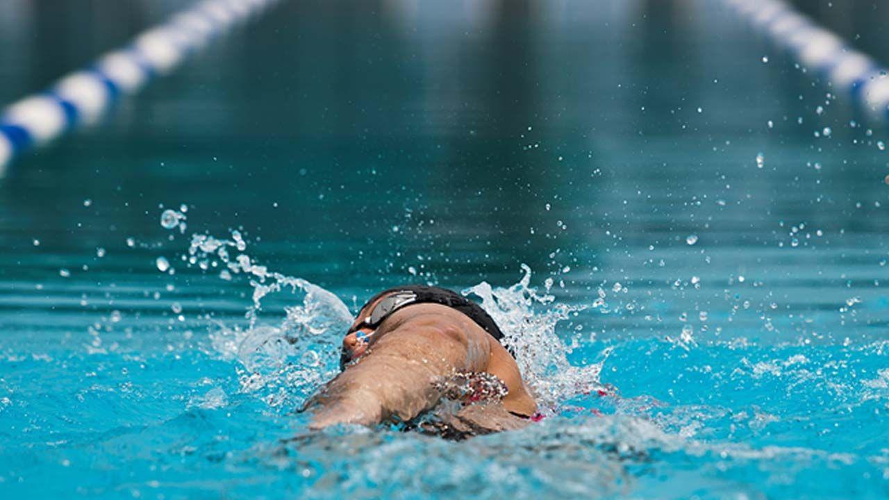 Rutinas de natación avanzadas